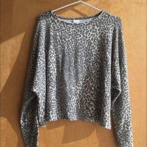 Cozy Leopard Print Sweatshirt / sweater H&M Size M